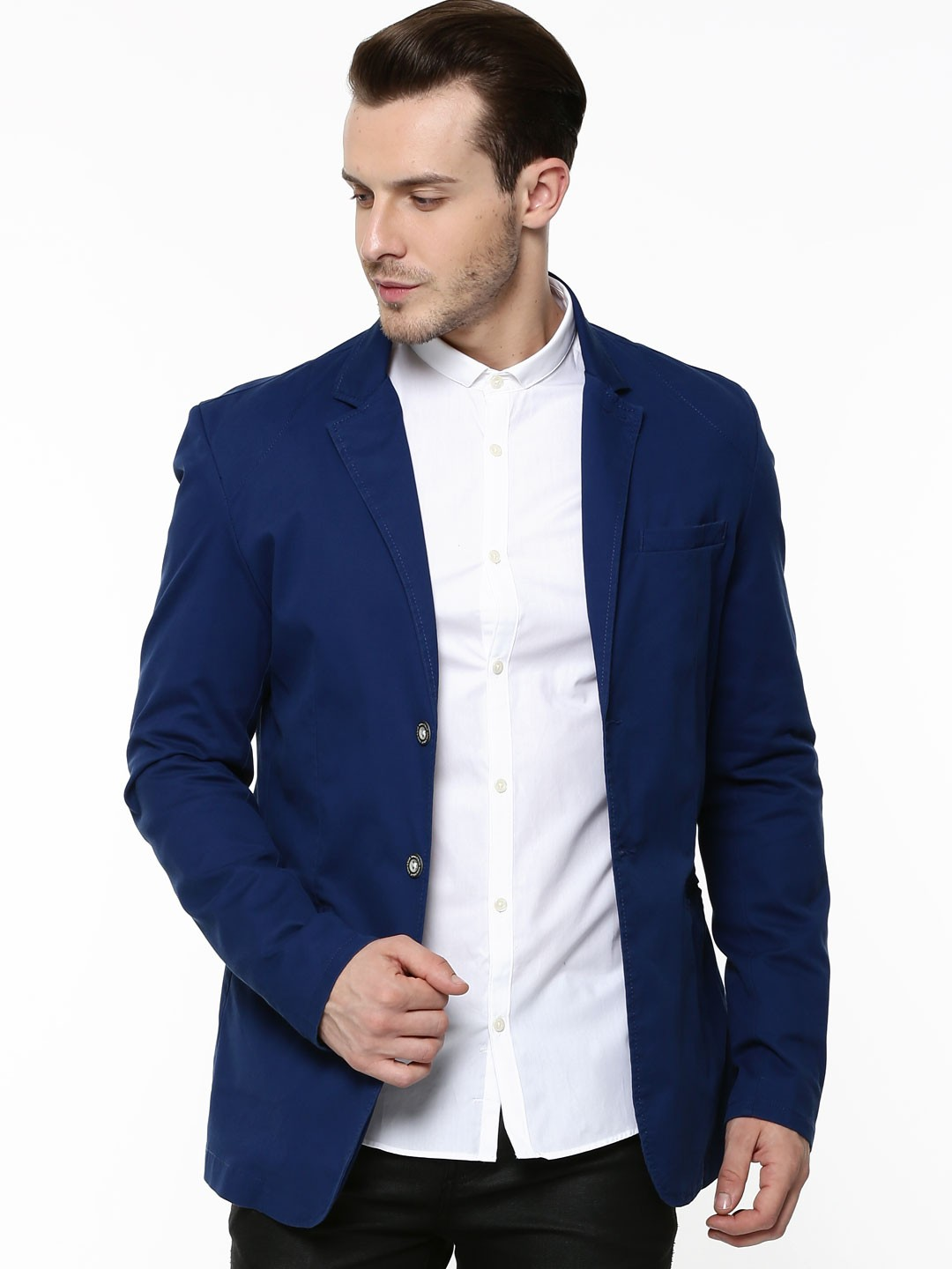 Buy blazers for men at best prices in India. Shop online for high discounts on blazers for men ranging from minimum 9% to 79% OFF.