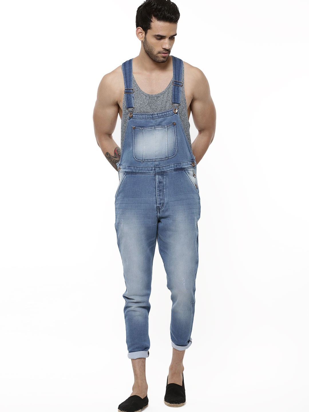 buy koovs dungarees for men men 39 s blue slim jeans online in india. Black Bedroom Furniture Sets. Home Design Ideas