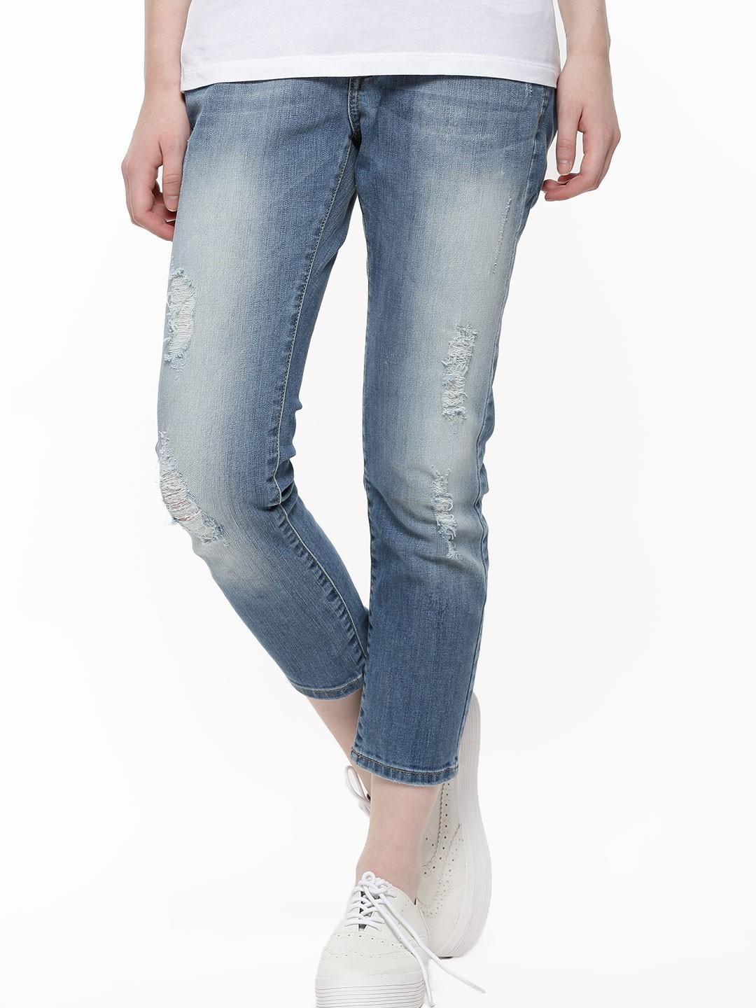 buy vero moda ripped jeans for women women 39 s blue straight jeans online in india. Black Bedroom Furniture Sets. Home Design Ideas