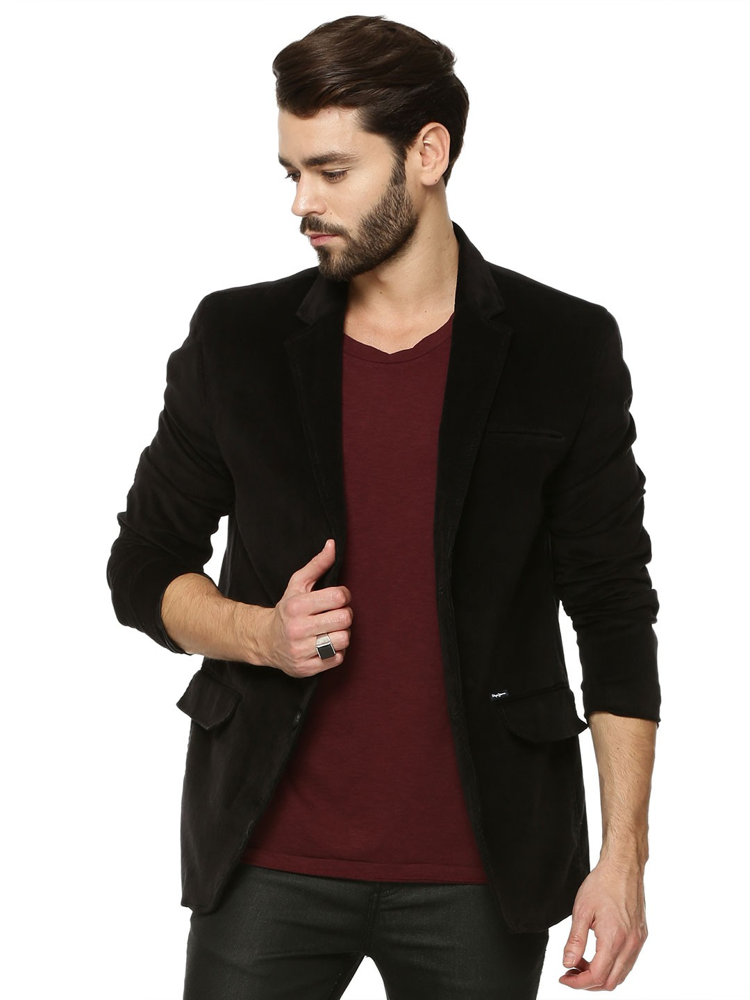 Coats & Blazers for Men: Exclusive Online Range from India Sharpen your traditional style with our ultra-sophisticated and bespoke coat and blazer collection.