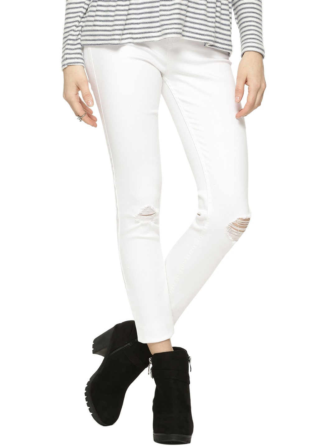 buy new look busted knee skinny jeans for women women 39 s white skinny jeans online in india. Black Bedroom Furniture Sets. Home Design Ideas