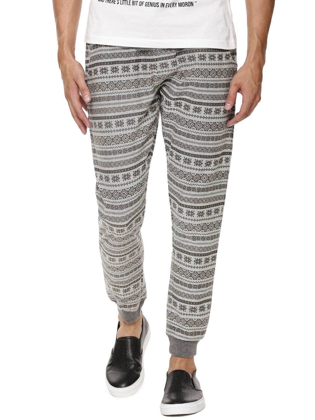 I am looking for good quality Joggers here in US, and was wondering what brands are you favorite to buy them. Feel free to post pictures and.