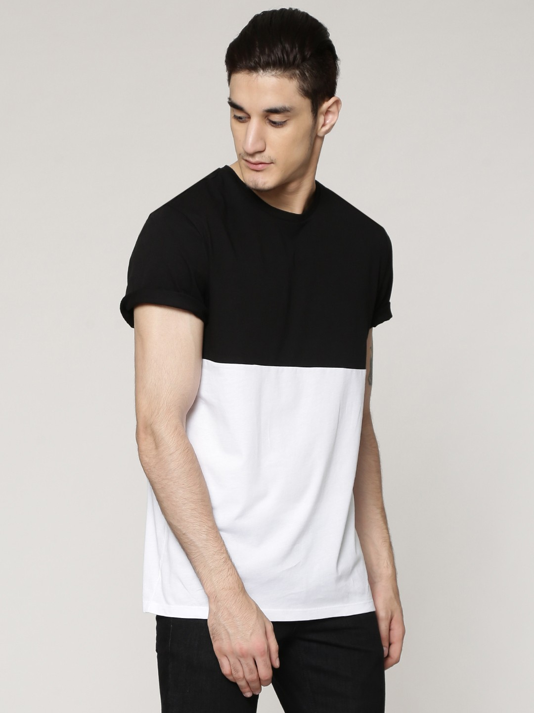 Black t shirt buy online - New Look Color Blocked T Shirt