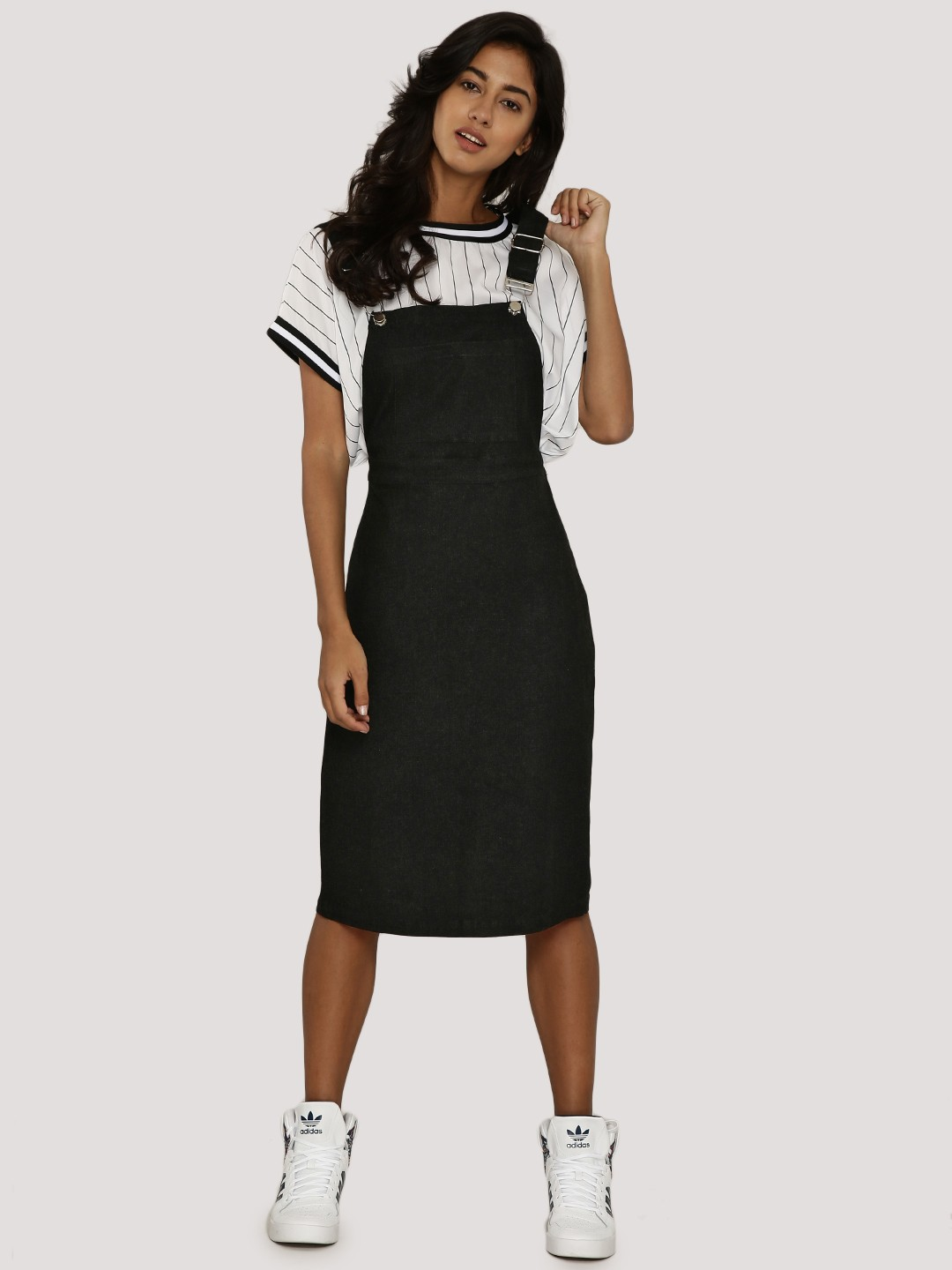 Black Denim Skinny Dungarees. In order to add this product to your outfit, please remove an item. Find my nearest PRIMARK. Show all in Jeans Dresses Formal Wear Hats, Gloves & Scarves Jeans Jewellery Knitwear Lingerie / Underwear.