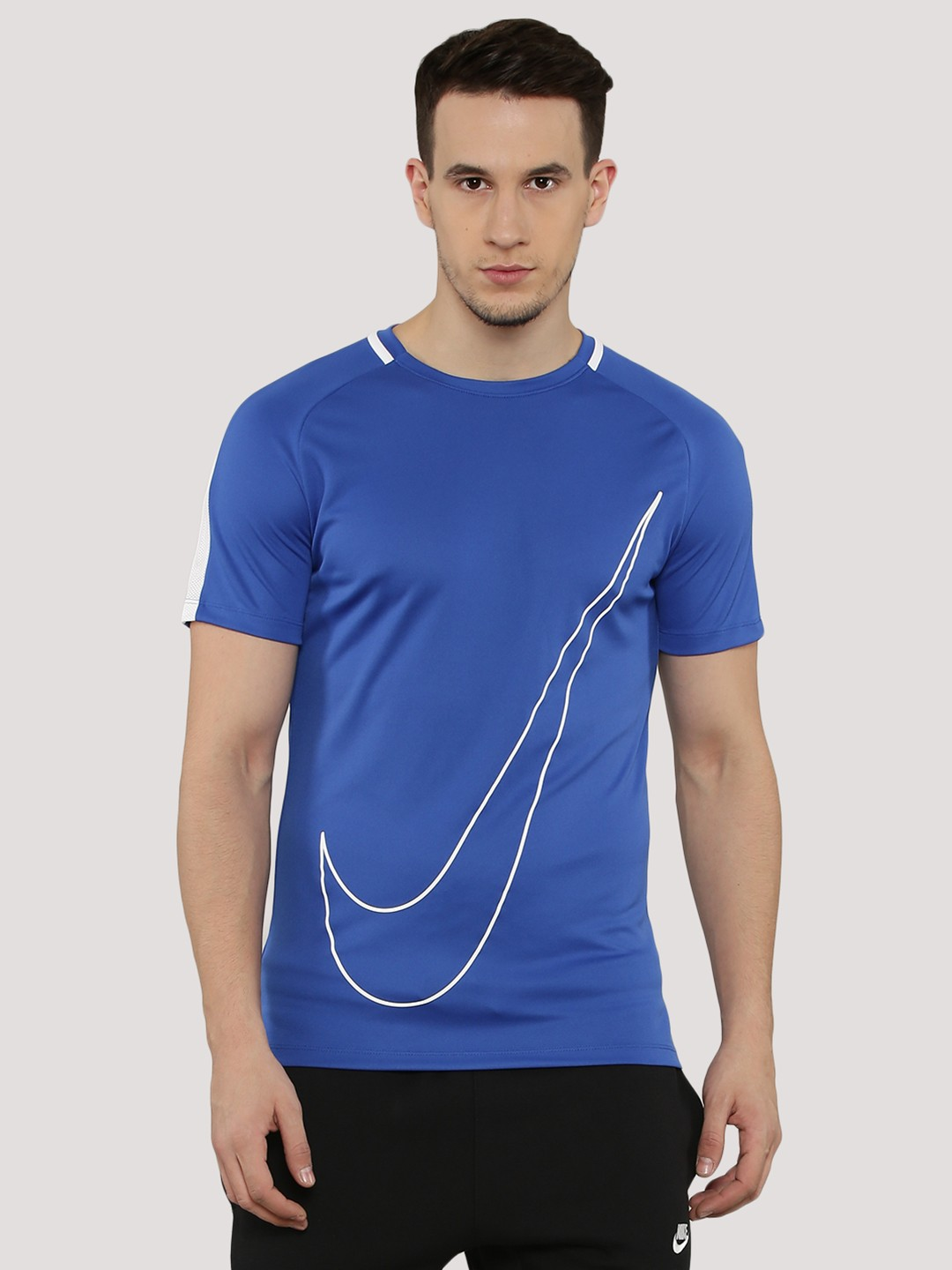Buy nike dri fit swoosh t shirt with back mesh for men for Buy dri fit shirts