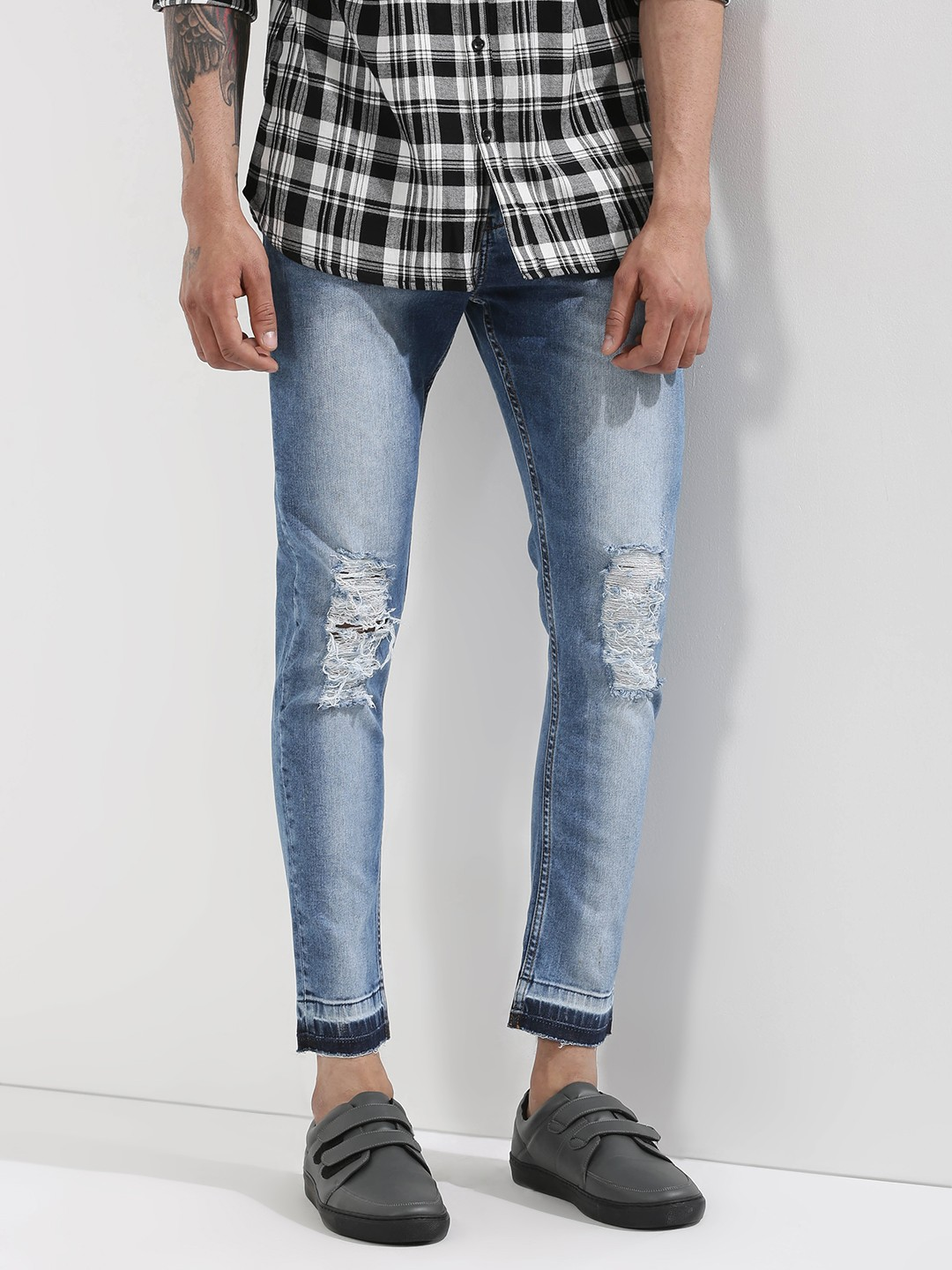 Buy Ripped Jeans Online and explore options galore Buying ripped jeans online is the best thing to do as it saves time as well as money. Online shopping sites such as hamlergoodchain.ga offers a .