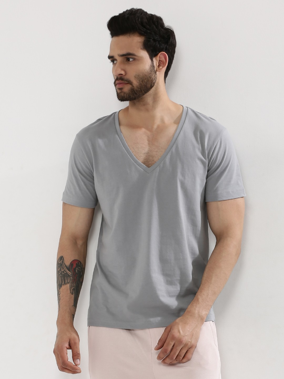 Browse the selection of v neck t shirts for men at onelainsex.ml and receive free shipping.