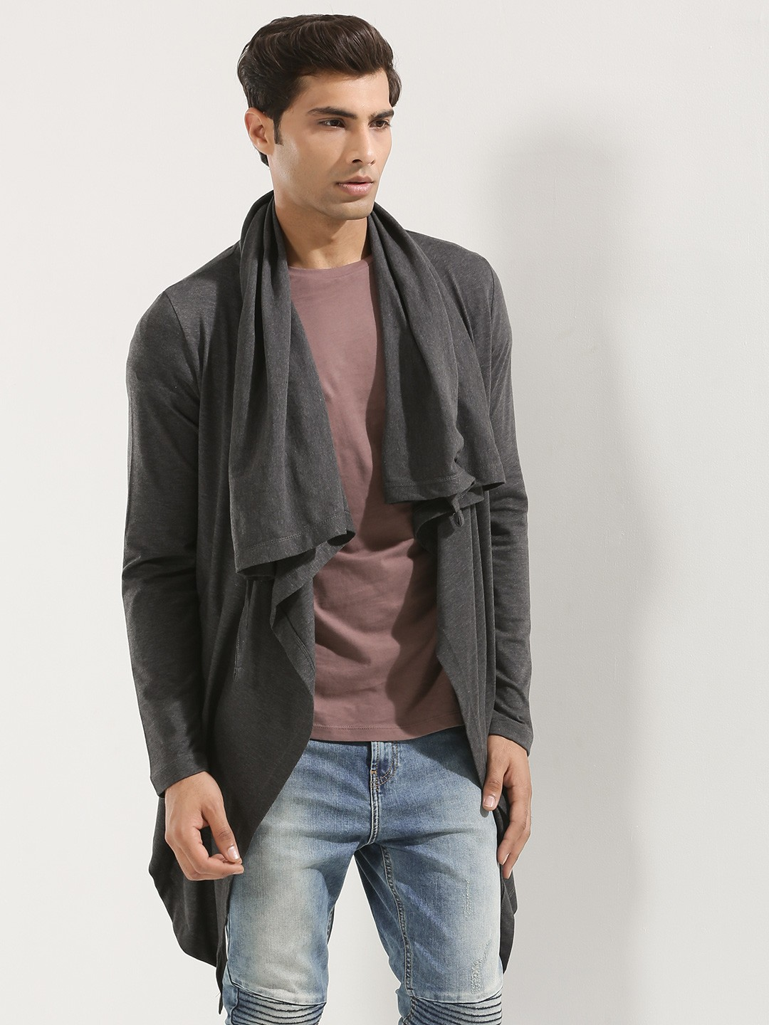 Cardigans - Buy from the latest collection of cardigan sweaters from top brands in India. Shop for cardigans for men, women & kids in various colours, fits & patterns. Discover popular styles like long cardigan, sweatshirts & more on the Myntra Online Store. % Original Products Easy Returns & Exchange Policy.