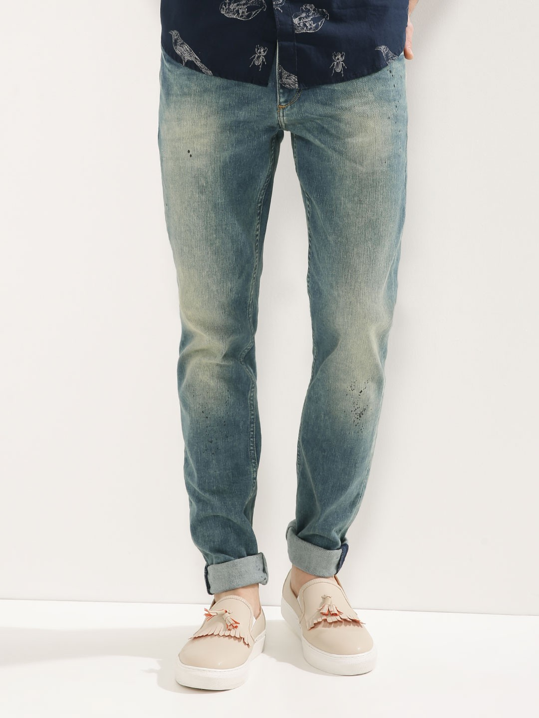 jack jones tim slim fit light wash jeans for men men 39 s blue slim. Black Bedroom Furniture Sets. Home Design Ideas