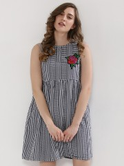 EVAH LONDON  Gingham Empire Dress With Floral Patch