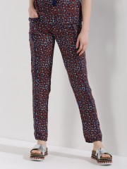 ZIVAME  All Over Print Tapered Pants